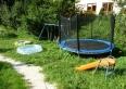 Plac zabaw z basenikiem